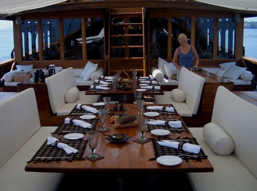 Onboard the 36m Phinisi SILOLONA in 2004 - Design by Kasten Marine Design, Inc.